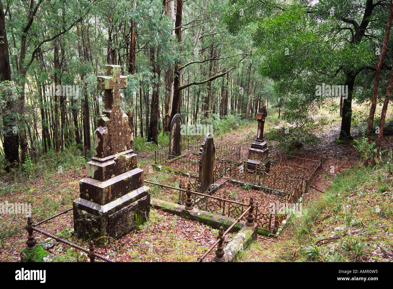 Old Graves Gaffney S Creek Cemetery Victoria Australia Stock Photo Alamy
