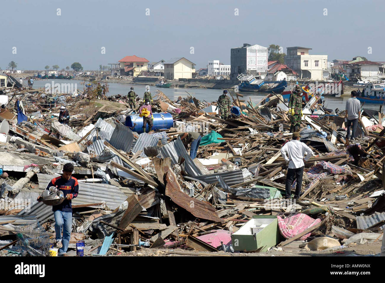 Activity near the Sungau Kruneng Aceh river in Banda Aceh Indonesia on Thursday Jan 6 2005 Stock Photo