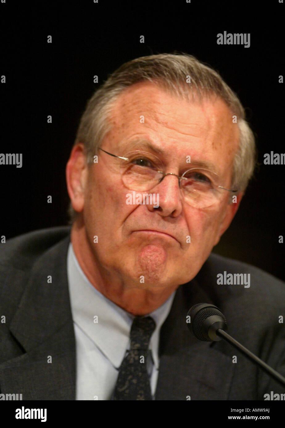 Secretary of Defense Donald Rumsfeld testifies before the Senate Armed Services Committee - Stock Image
