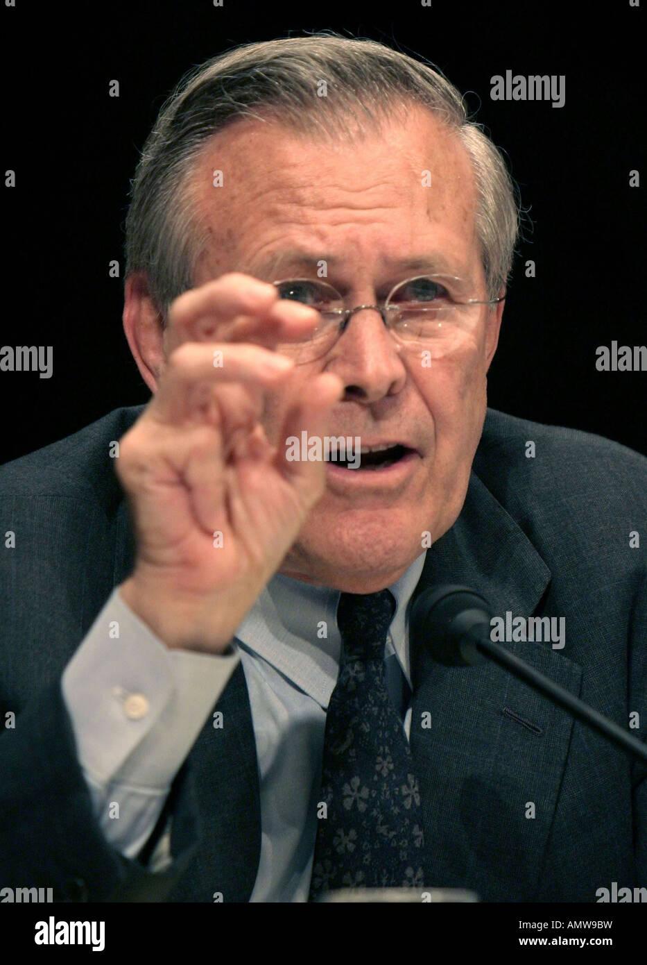 Secretary of Defense Donald Rumsfeld testifies beforfe the Senate Armed Services Committee - Stock Image