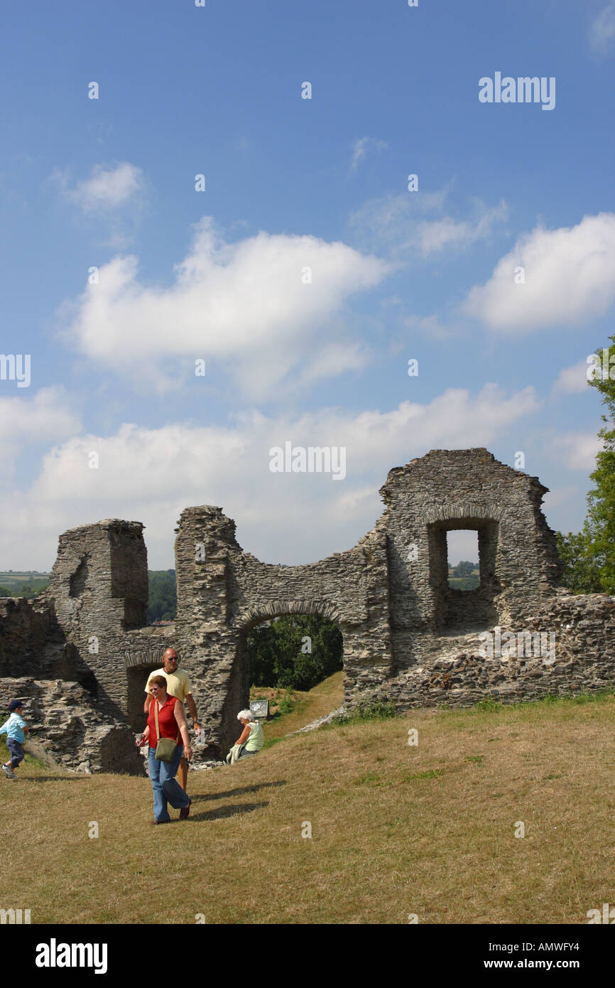 Newcastle Emlyn castle ruins stone walls and gateway Carmathanshire Wales - Stock Image