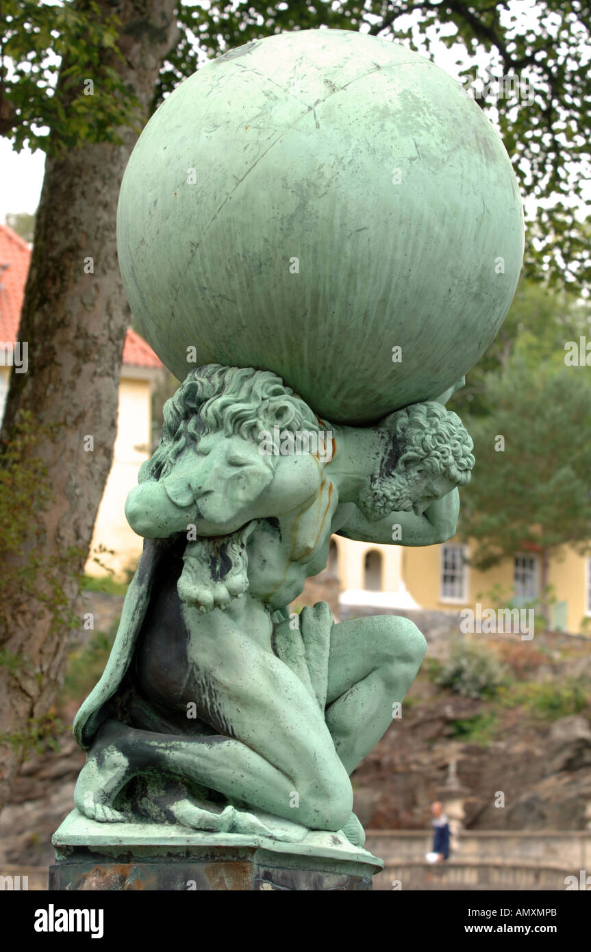 Hercules statue, Atlas, Portmeirion Gwynedd North Wales UK - Stock Image