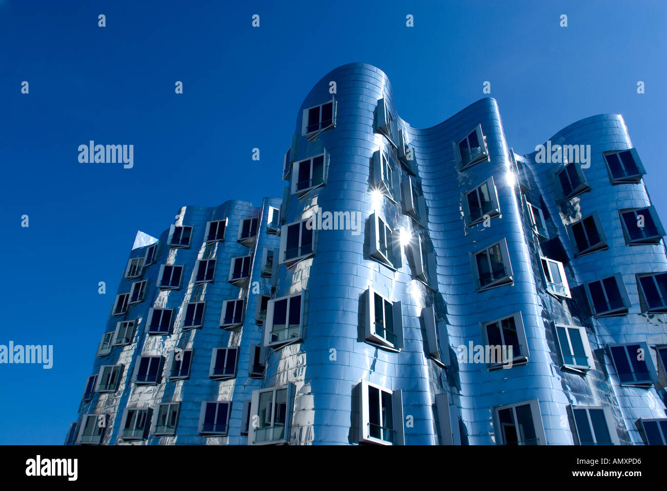 The Neuer Zollhof building by Frank Gehry at the Medienhafen Media Harbour, Dusseldorf, Germany. - Stock Image