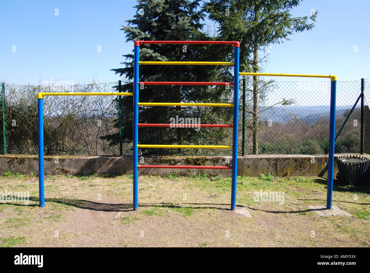Monkey bars in park - Stock Image