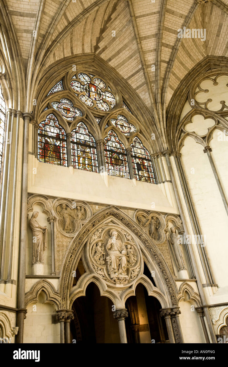 UK London Westminster Abbey Chapter House Medieval statues of Angel Gabriel and Virgin Mary beside Christ in MajestyStock Photo
