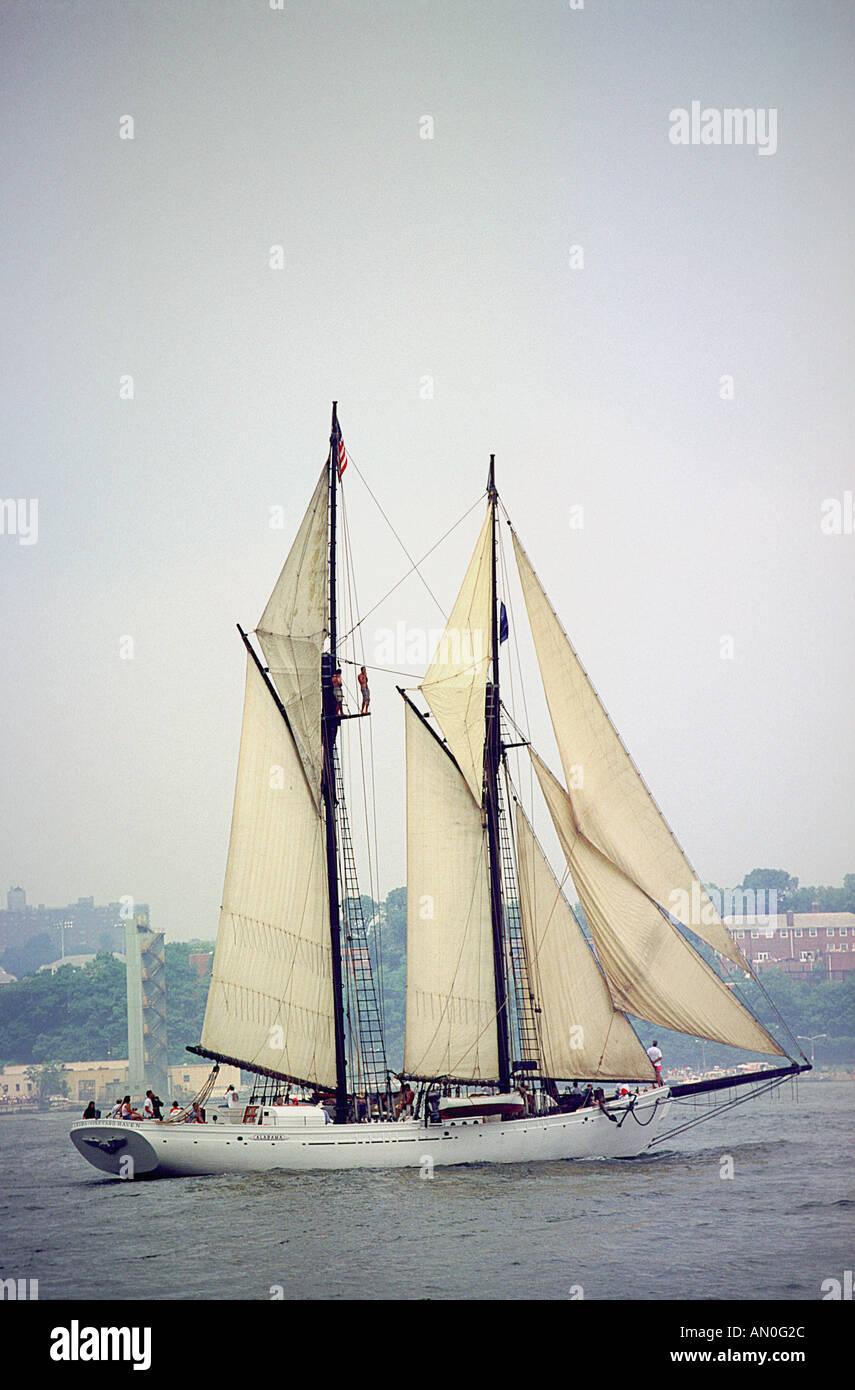Tall Ship Schooner Alabama New York City Hudson River - Stock Image