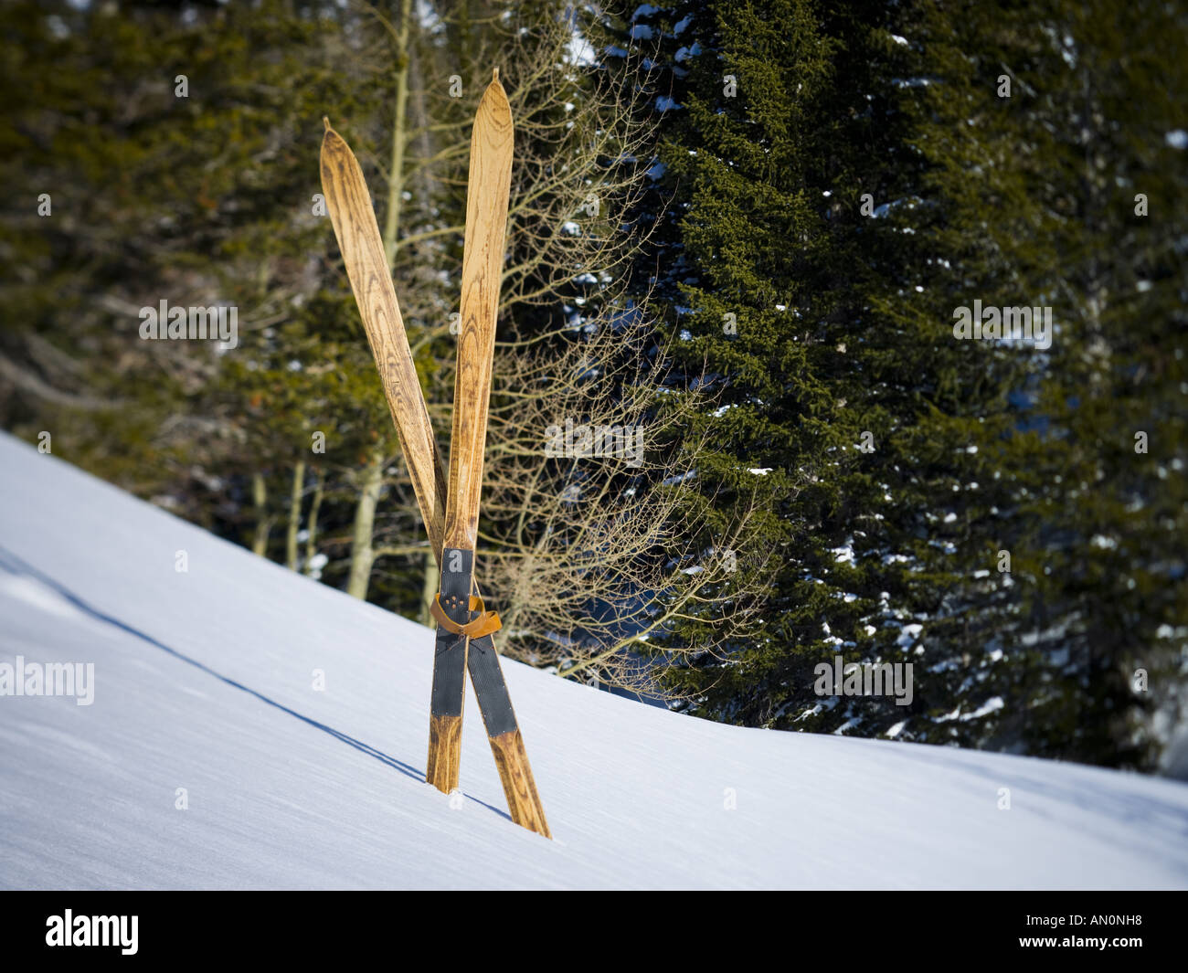 Antique Wood Skis Stock Photos Antique Wood Skis Stock Images Alamy