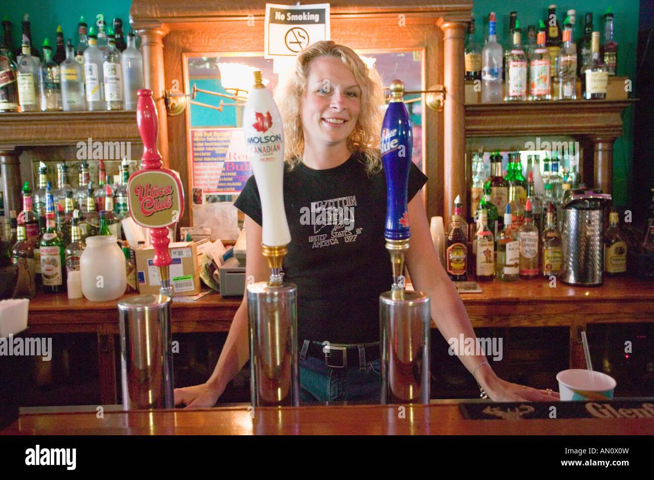 pretty barmaid stock photos & pretty barmaid stock images - alamy