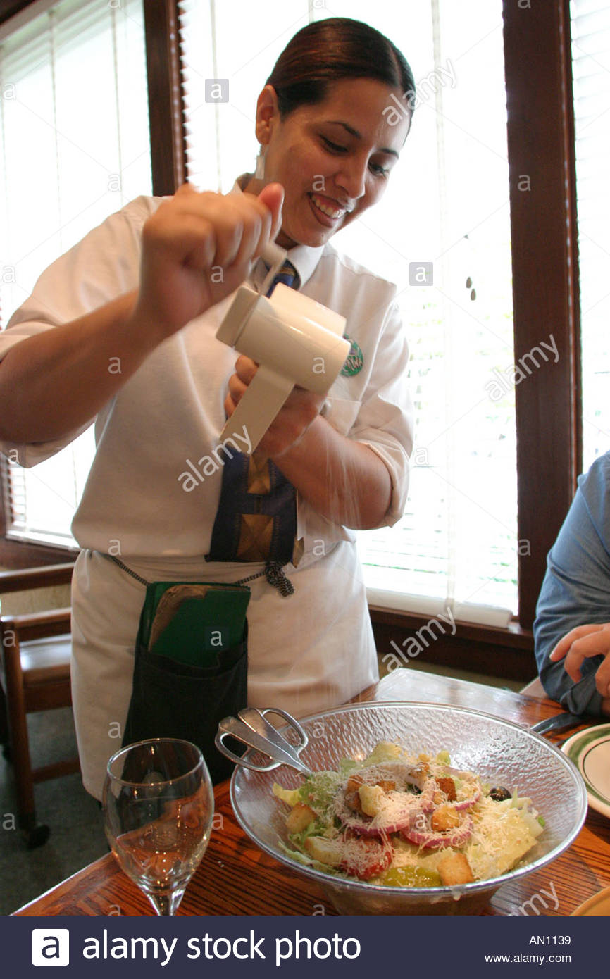 Olive Garden Restaurant Stock Photos & Olive Garden Restaurant Stock ...