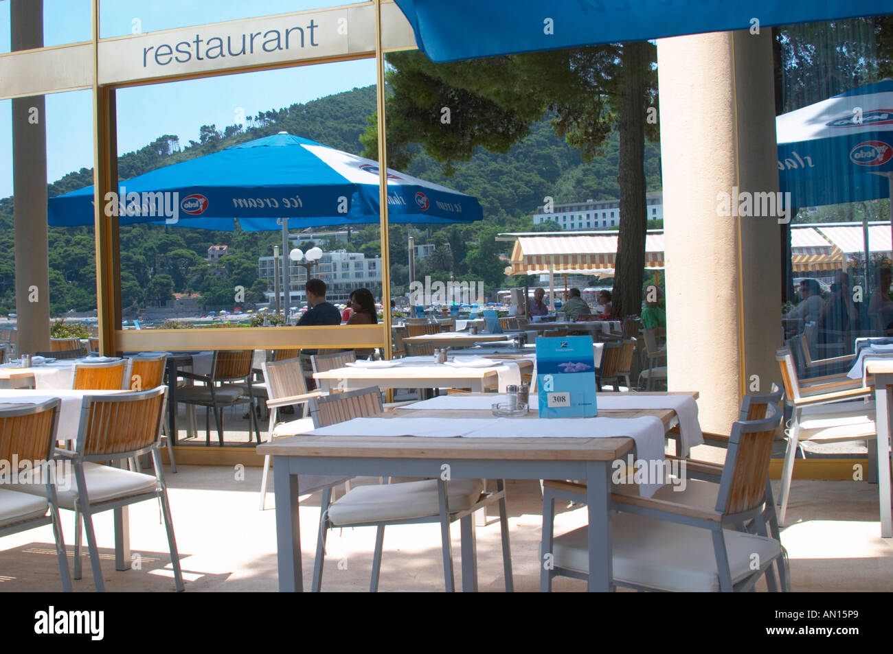Terrace Seating Outside Brasserie Restaurant High Resolution Stock Photography And Images Alamy