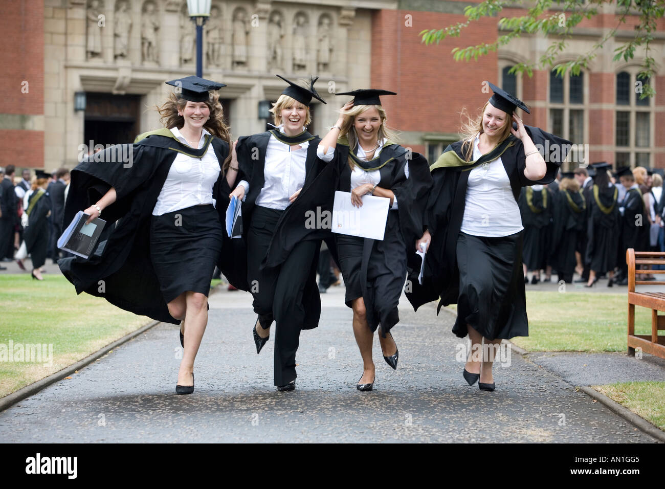 Graduation day at University of Birmingham , England Students at ...