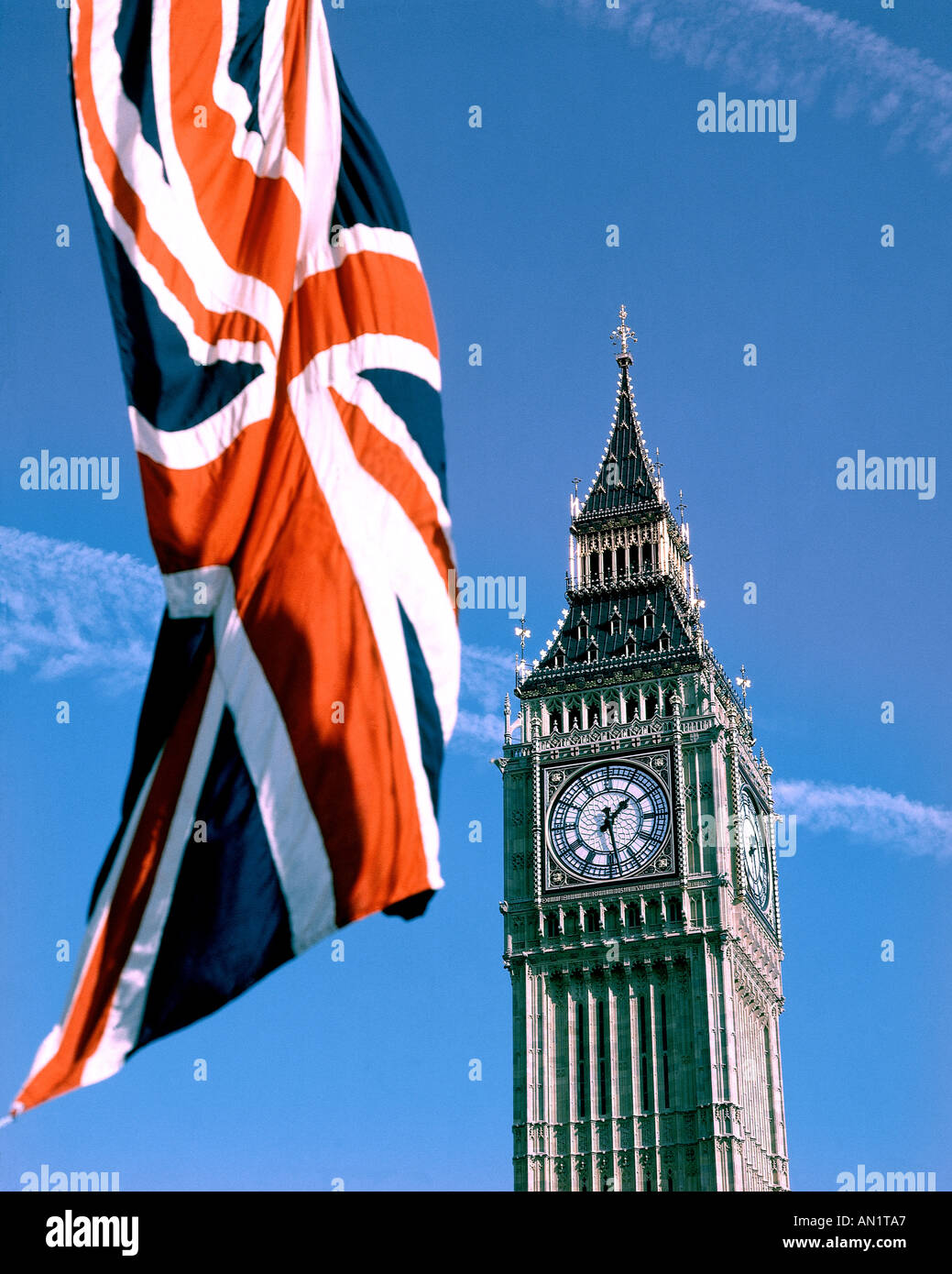 GB - LONDON: Big Ben (Elizabeth Tower) and Union Jack - Stock Image