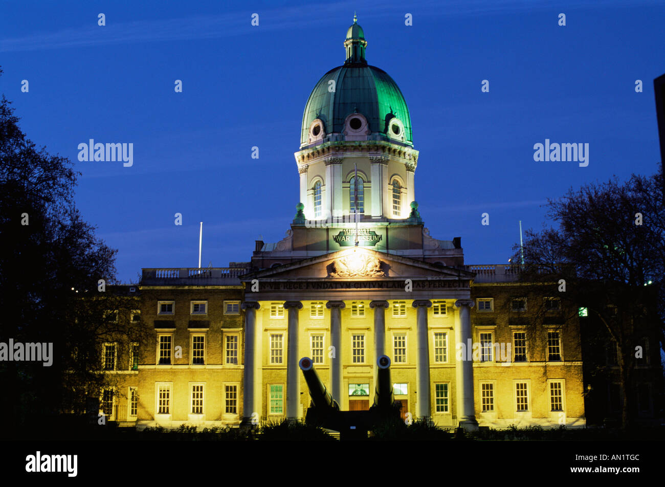 England,London,Lambeth,Imperial War Museum at Dusk - Stock Image