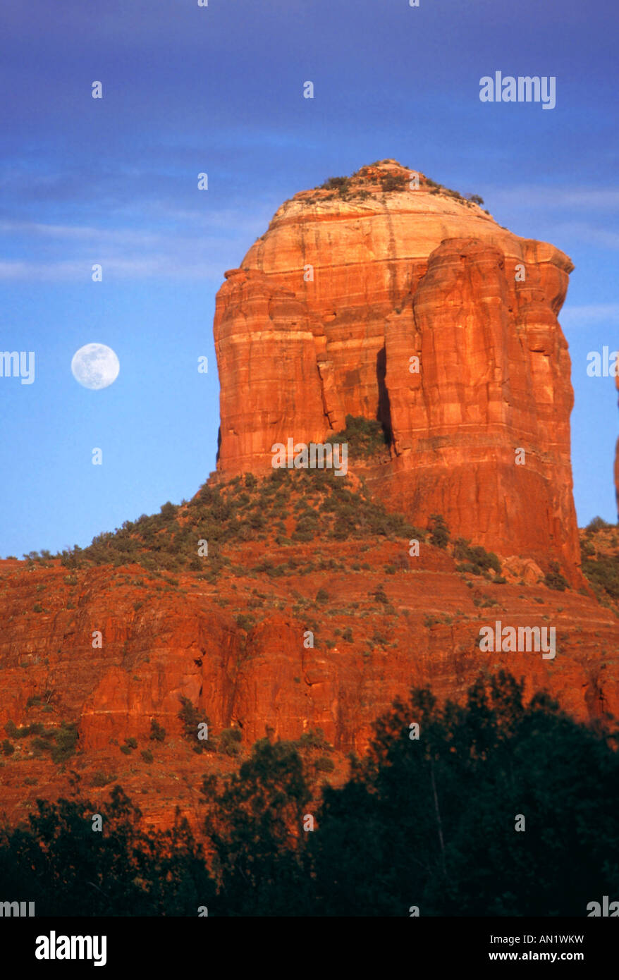 Castle Rock Moonrise Sedona Arizona USA - Stock Image