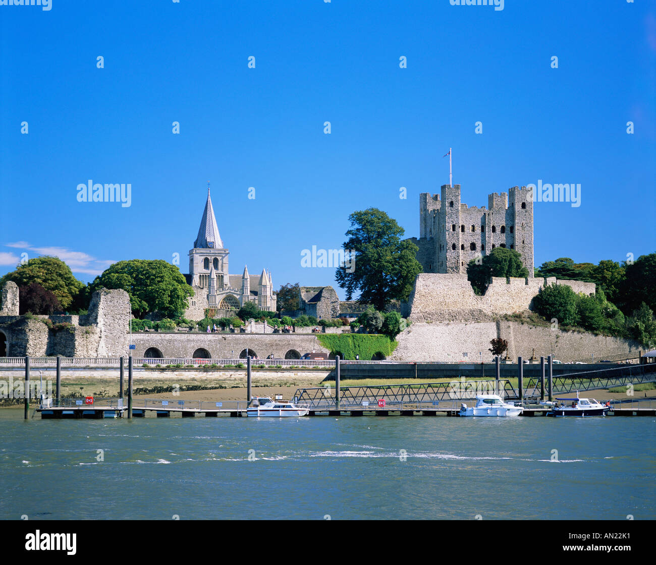 Abandoned Places Medway: River Medway Rochester Stock Photos & River Medway