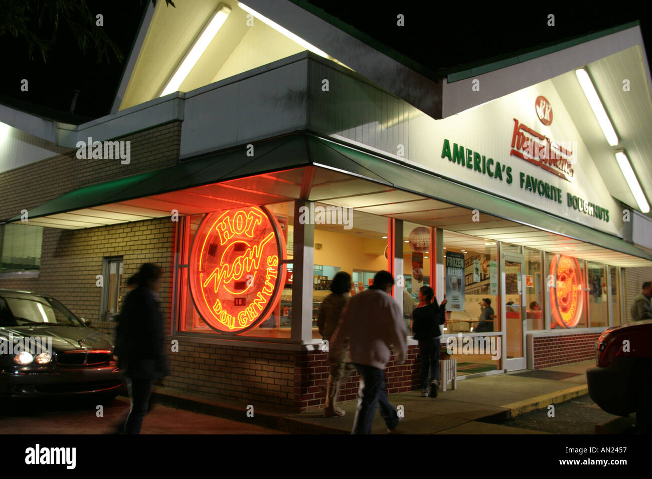 North Carolina, South, Tar Heel State, Wake County, Raleigh, Krispy Kreme Doughnuts, open 24 hours, drive up window, Stock Photo