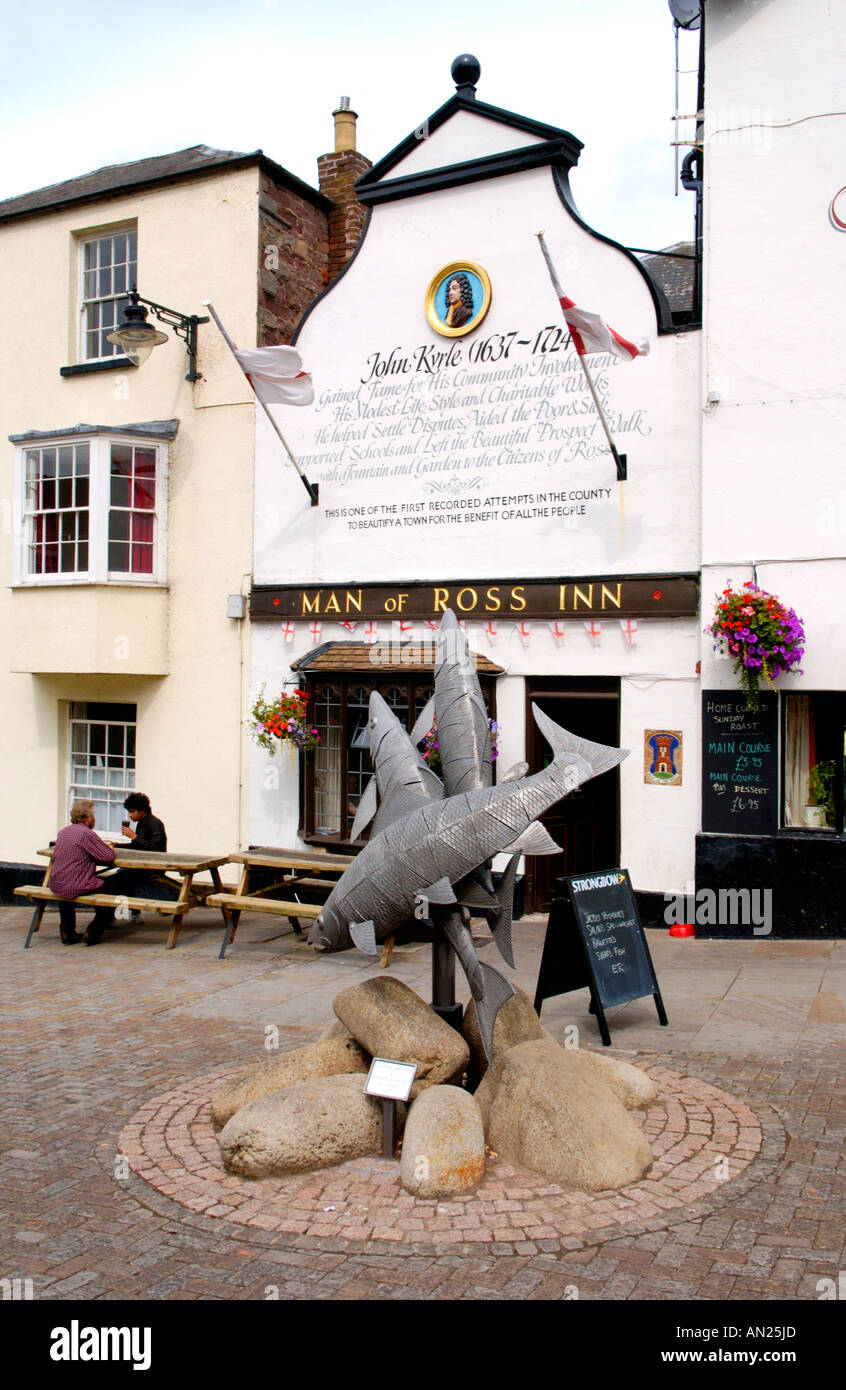 Man of Ross Inn with Leaping Salmon sculpture by Polish sculptor Walenty Pytel in Ross on Wye Herefordshire England UK - Stock Image