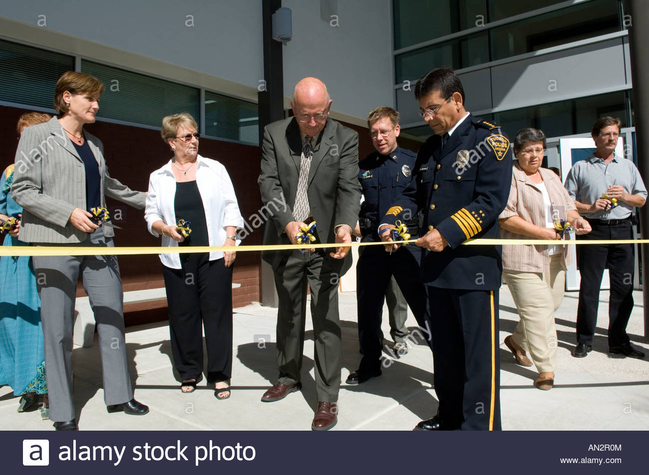 Ribbon Cutting Dedication of new Tucson Police department West side sub station with Mayor Bob Walkup center and - Stock Image