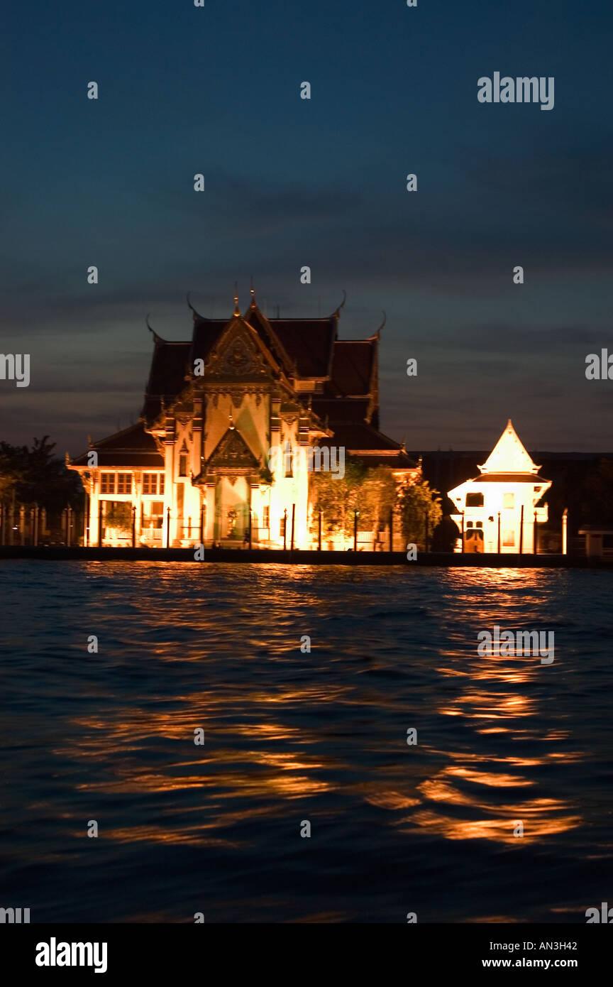 Wat Rakang Chao Phraya River Bangkok Thailand South East Asia - Stock Image