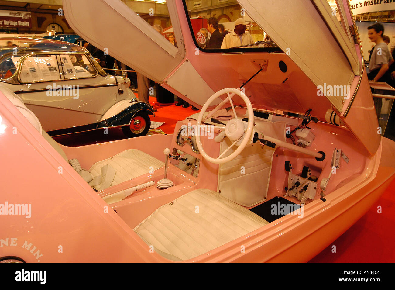 2004 Classic Cars Live Show at Alexandra Palace - Stock Image