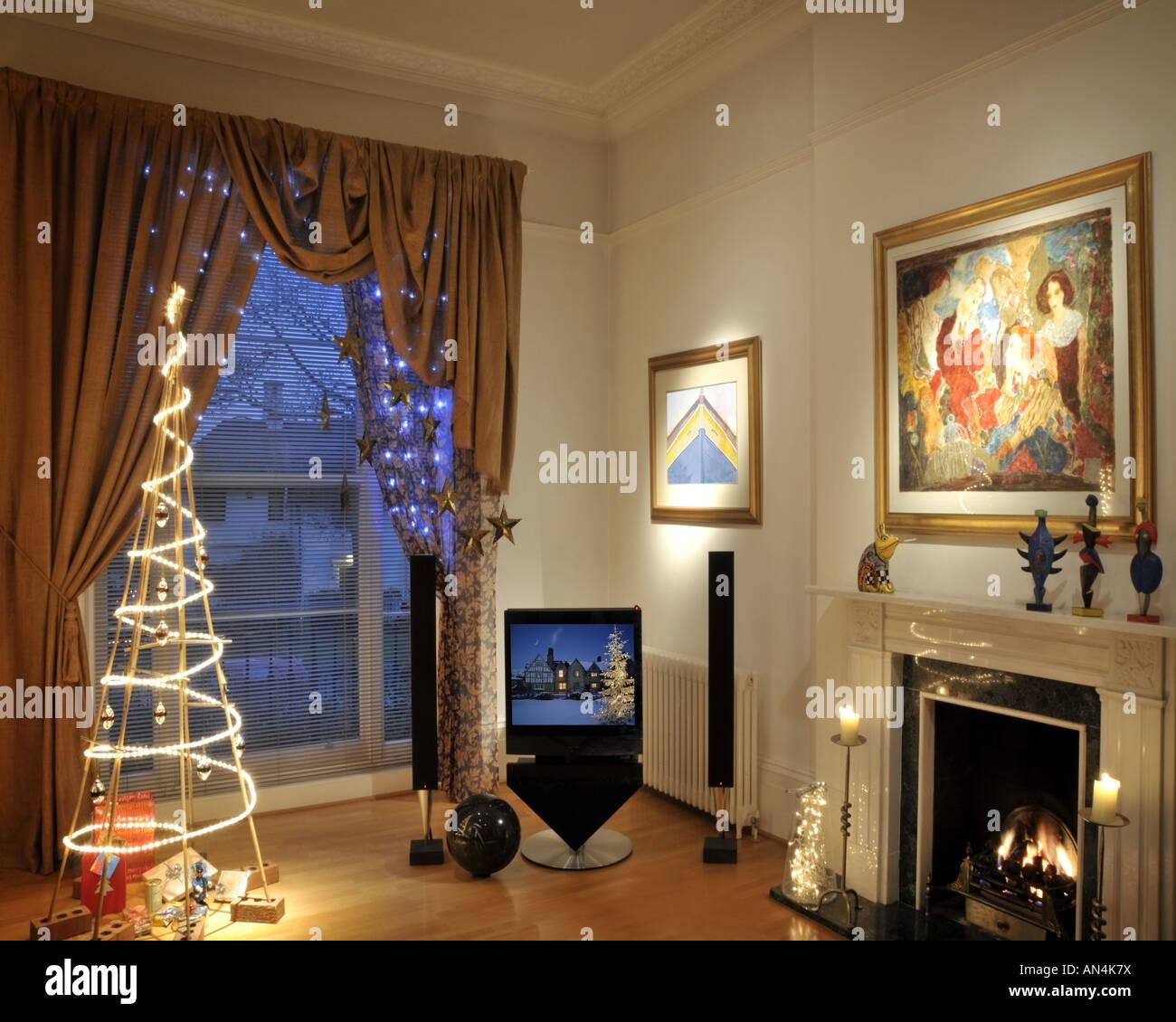 CHRISTMAS:  Living Room setting at Christmas - Stock Image