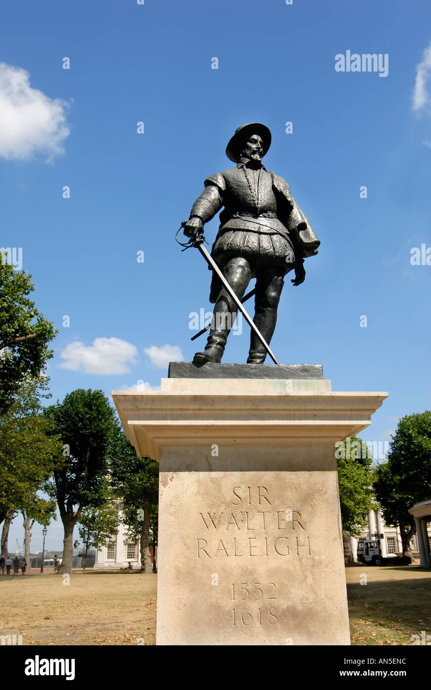 Statue of Sir Walter Raleigh at the National Maritime museum Greenwich London - Stock Image