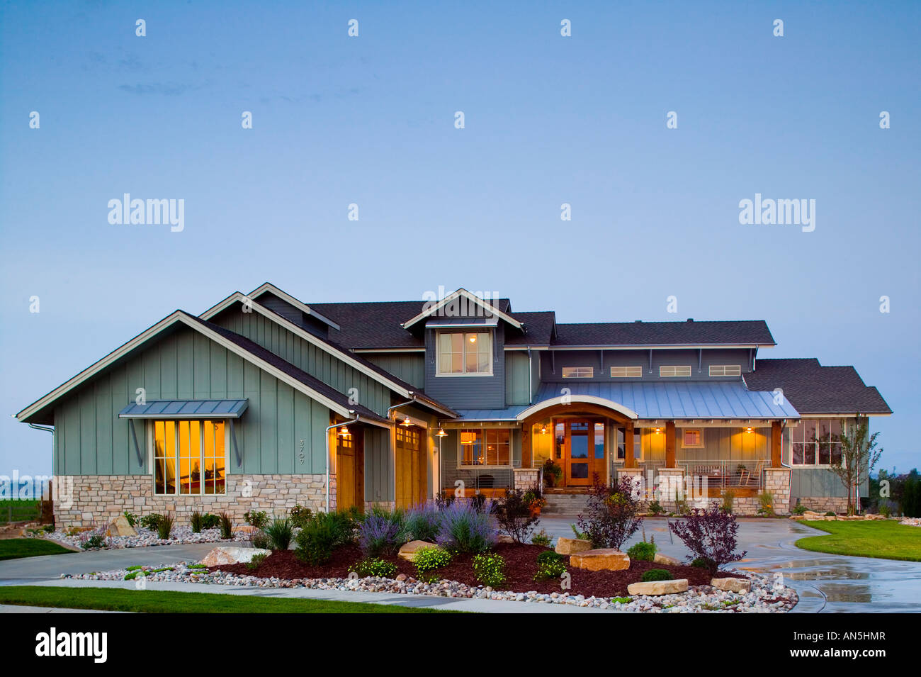 Colorado luxury modern farm style home exterior