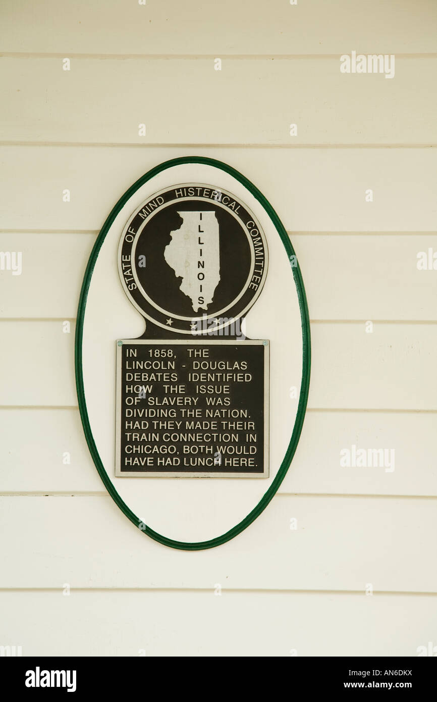 ILLINOIS Galena Humorous plaque posted on exterior of home historical marker stand of mind hysterical committee - Stock Image