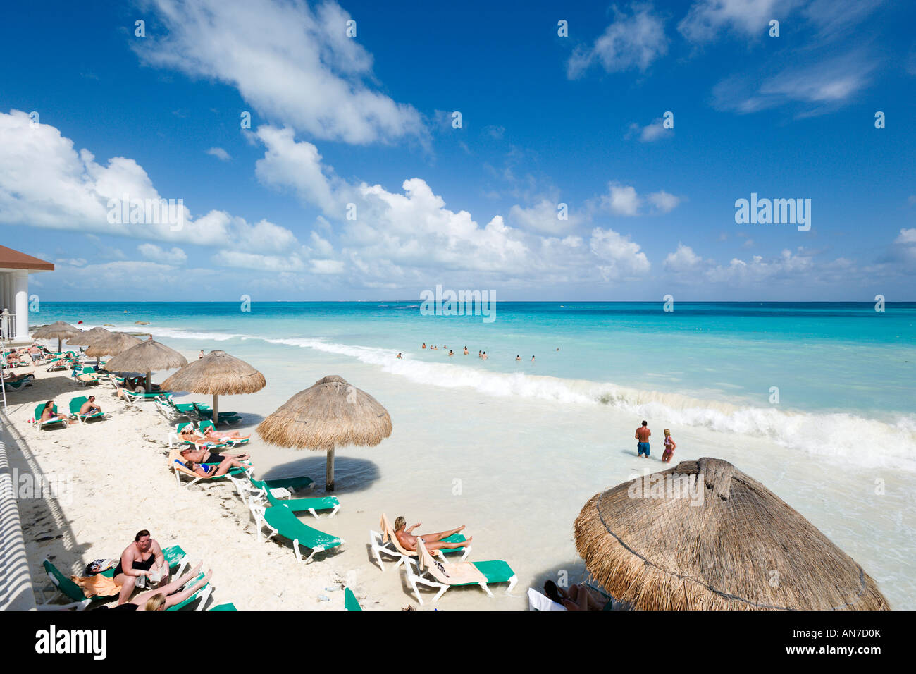 Beach Outside Riu Cancun Hotel Cancun Yucatan Peninsula Quintana Stock Photo Alamy