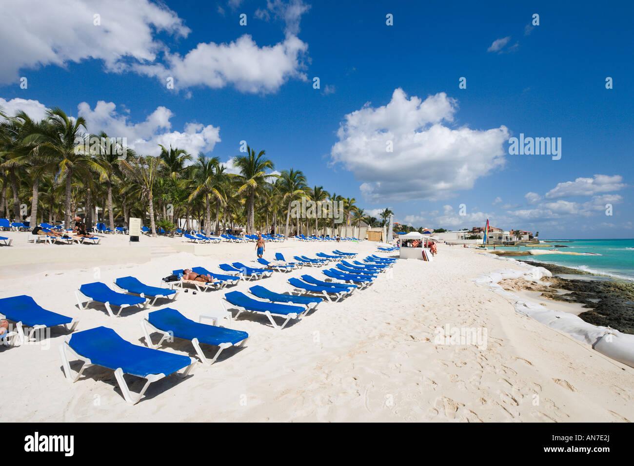 beach outside riu palace riviera maya hotel playacar. Black Bedroom Furniture Sets. Home Design Ideas
