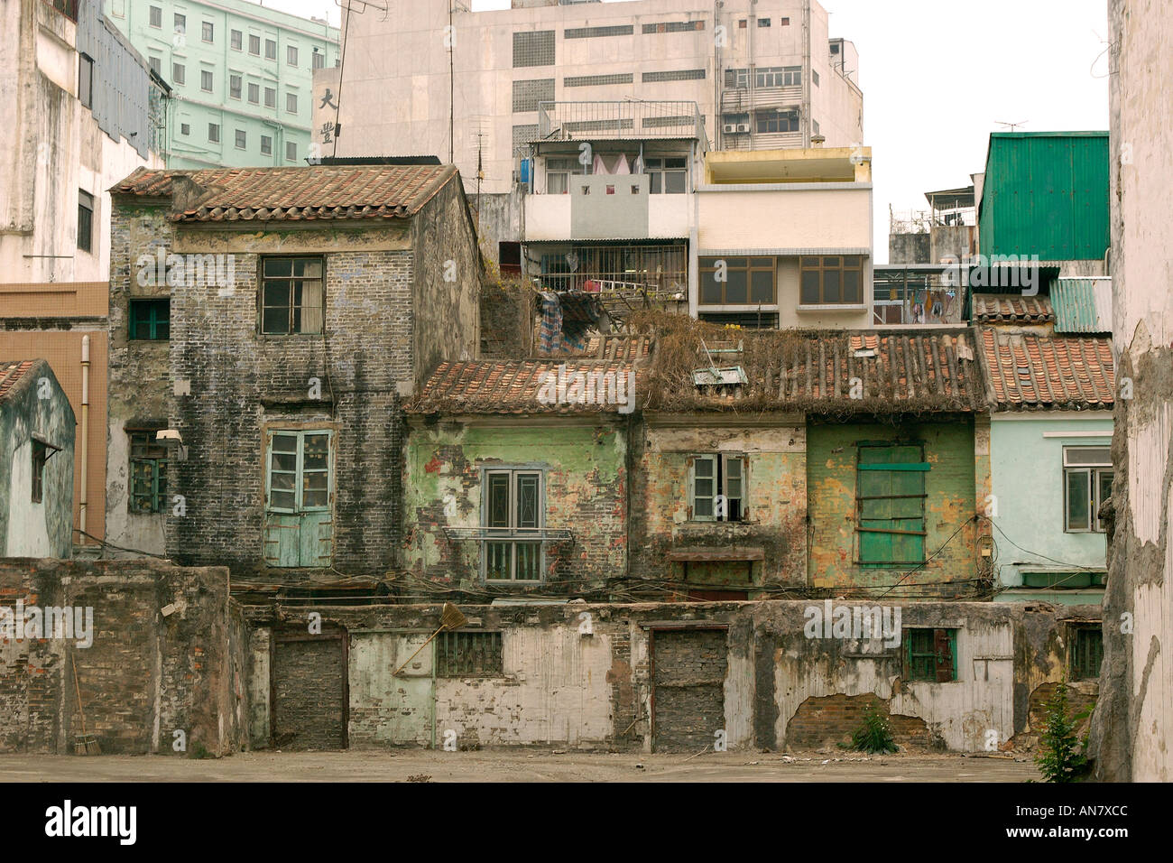 Very old houses falling appart macau china stock photo for Asian houses photos