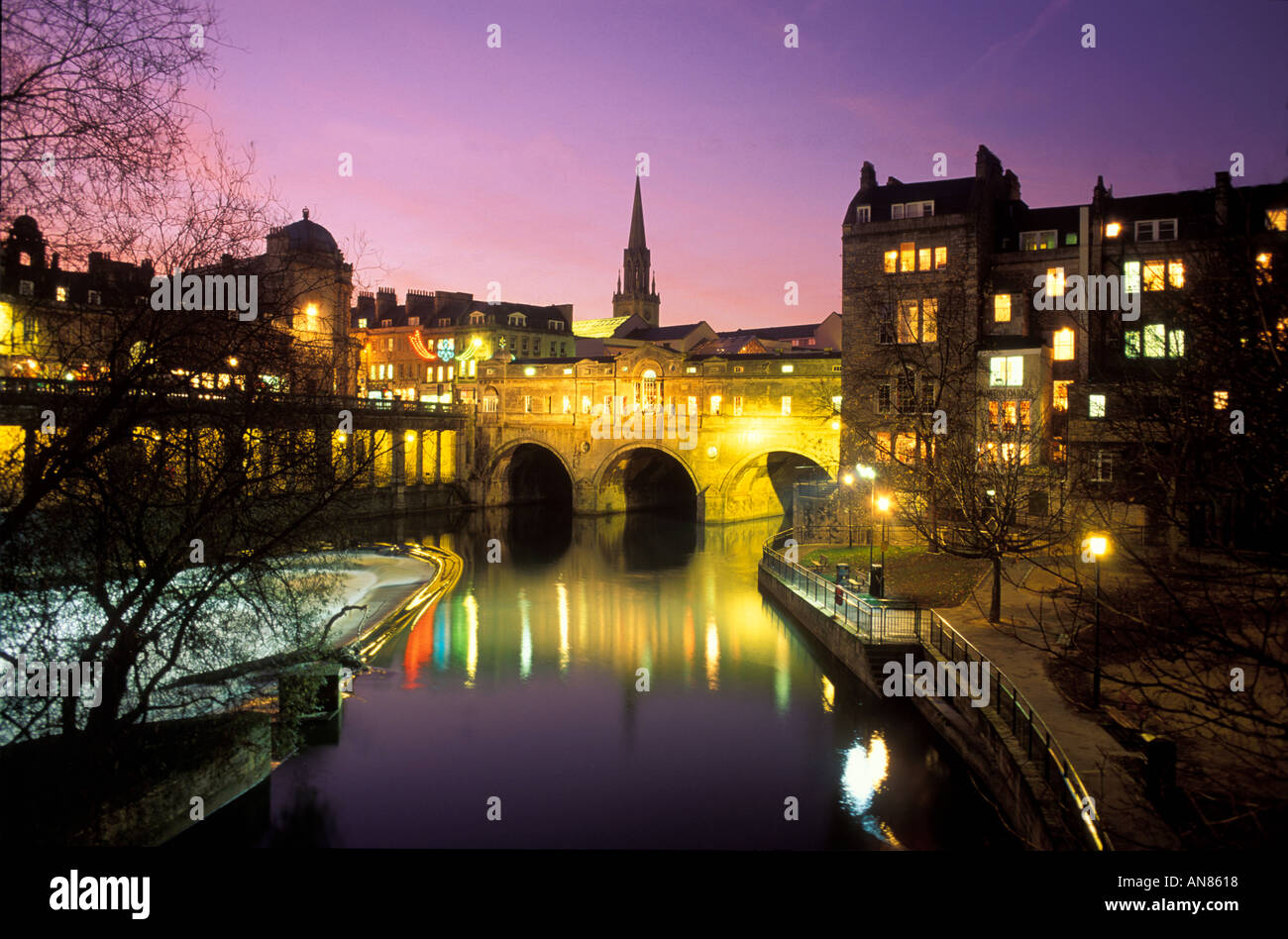 Pulteney Bridge over River Avon at Night Bath Avon England UK - Stock Image