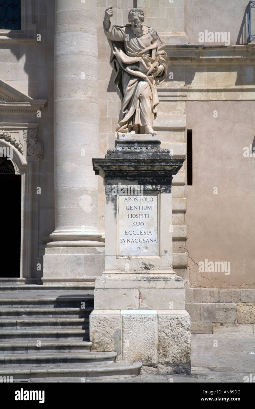Statue of St Paul the Apostle Duomo Ortygia Siracusa Sicily Italy - Stock Image