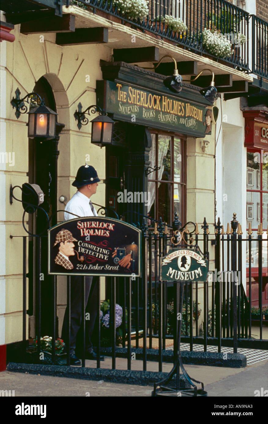 Sherlock Holmes Baker Street Stock Photos & Sherlock Holmes