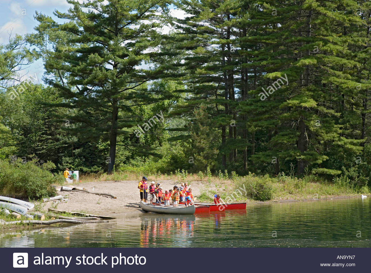 YMCA canoe day school in Toronto Islands Park in Toronto Ontario Canada Stock Photo