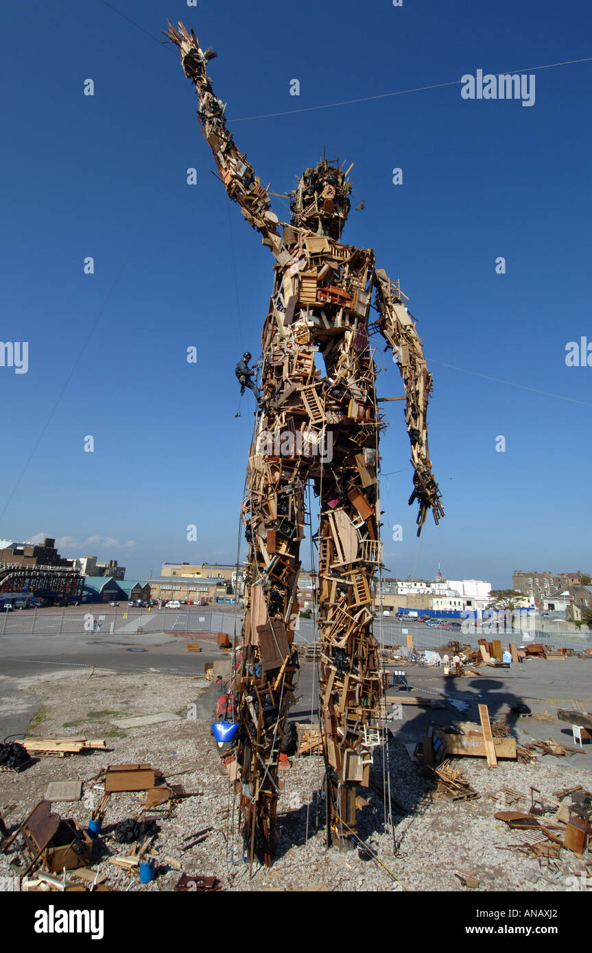 The Wastemen, an environmentally friendly 75ft high giant sculpture made entirely of rubbish by sculptor Antony Gormley - Stock Image