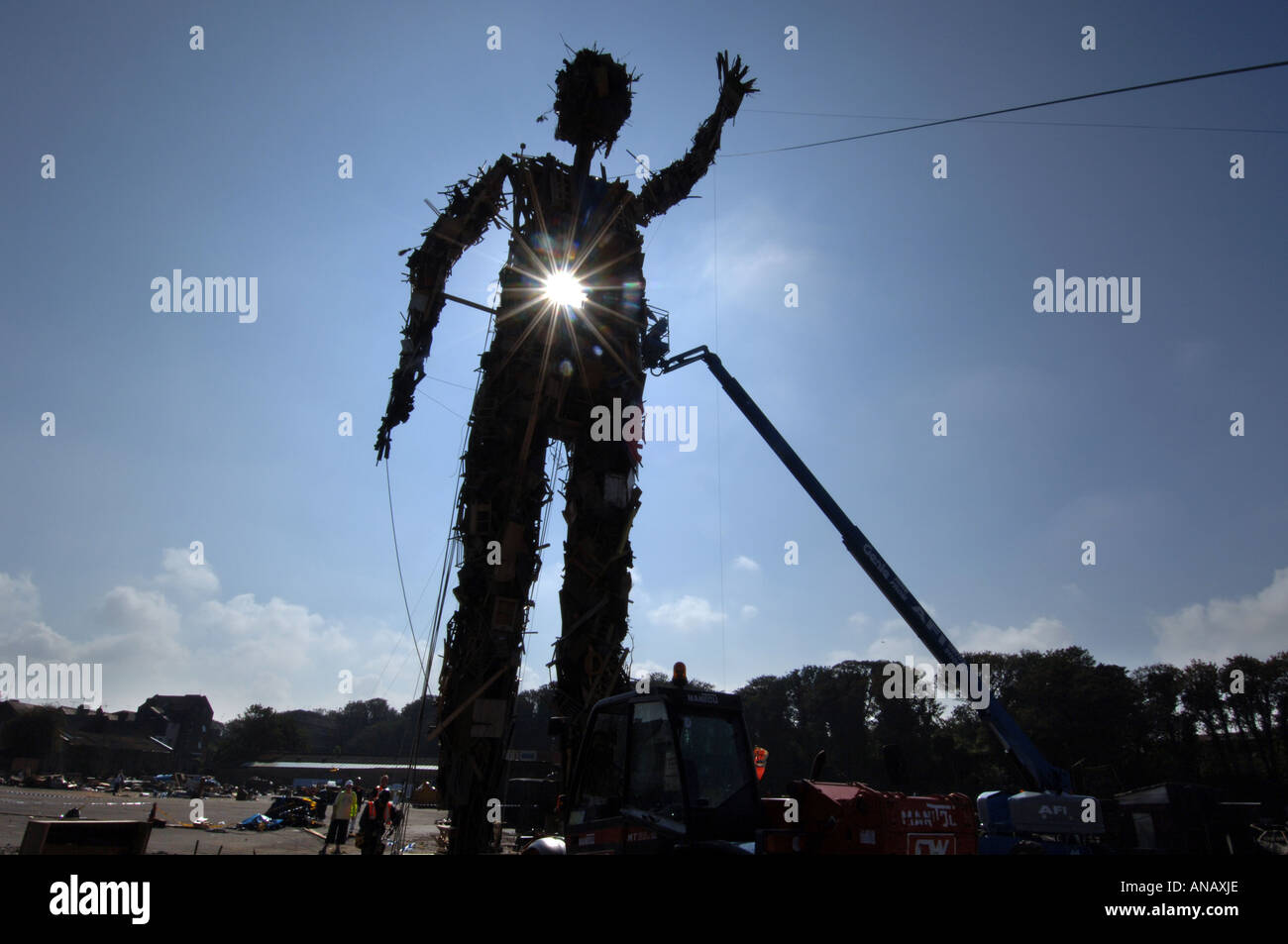 The Wasteman, an environmentally friendly 75ft high giant sculpture made entirely of rubbish by sculptor Antony Gormley - Stock Image