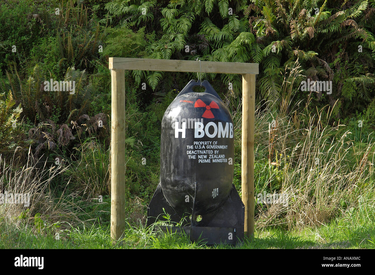 Bomb dummy which points out that NZ is an tomic free area, Gunns Camp, Holyford valley, South Island, New Zealand - Stock Image