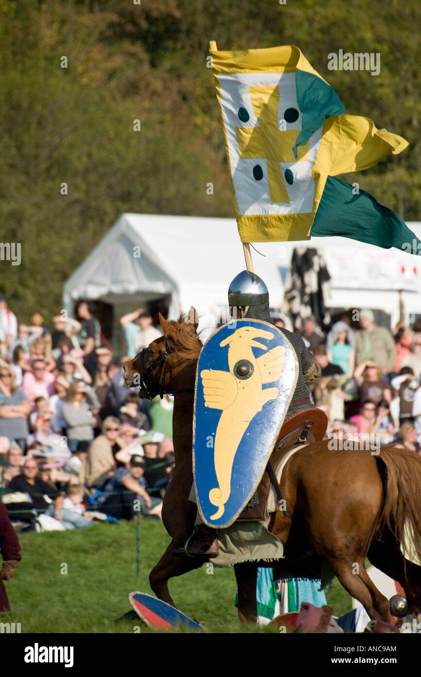 William s cavalry ride on ailing King Harold s army during Battle of Hastings re enactment 2007 - Stock Image