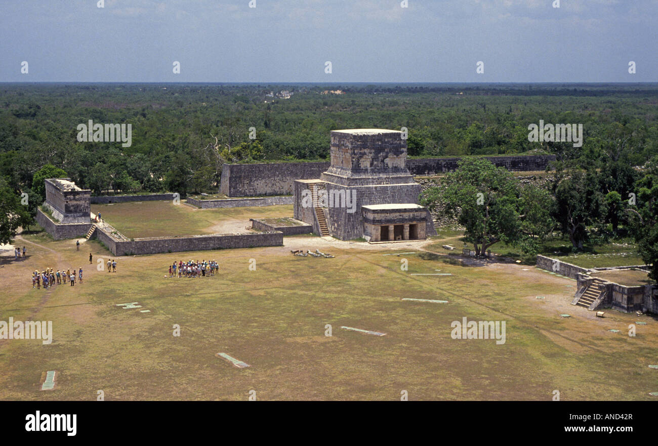 A view of the ball court at the ancient ruined Mayan city of Chichen Itza - Stock Image