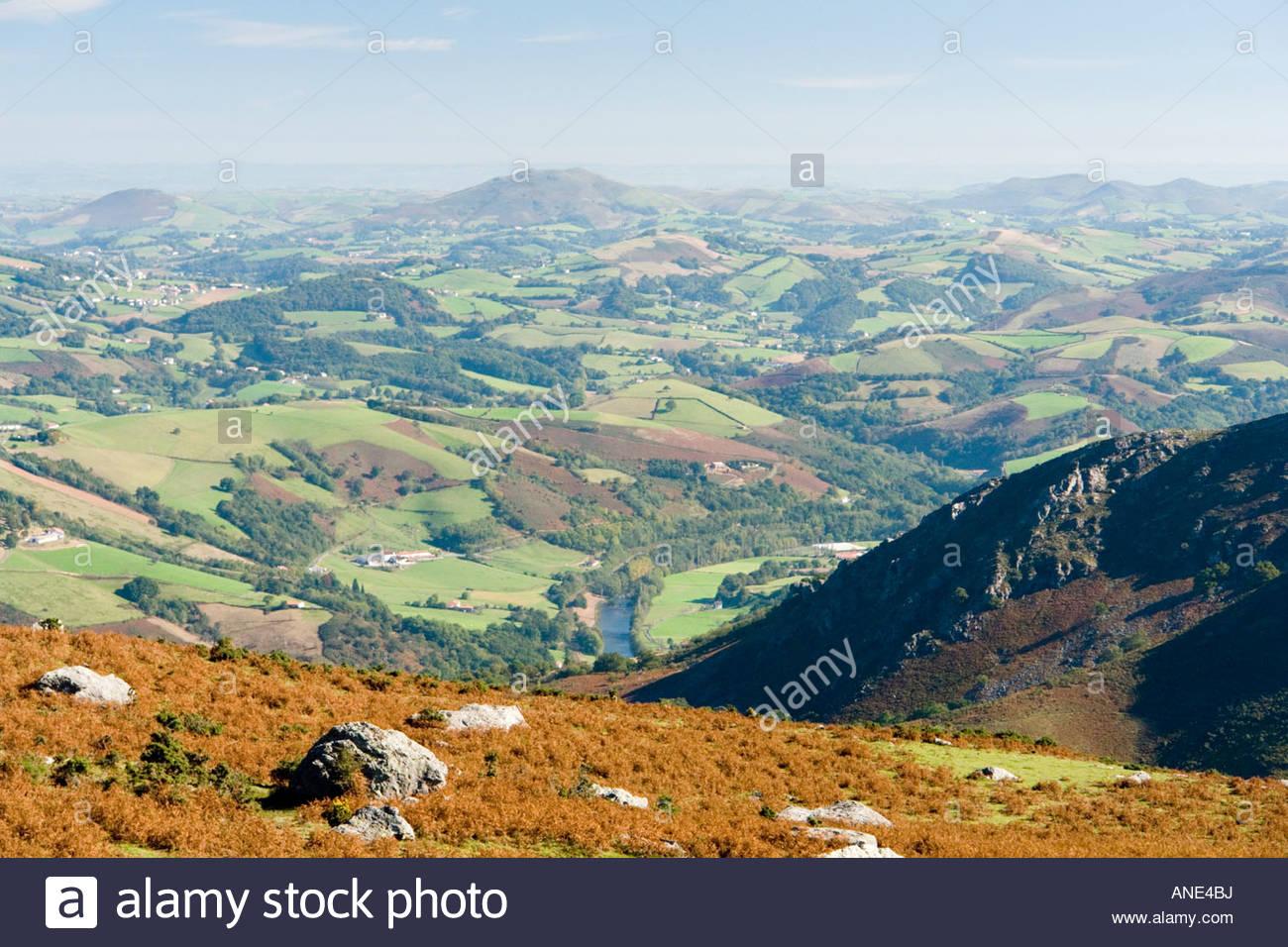 In Autumn, a view of a part of the Basque country hinterland (France). Vue d'une partie de l'arrière - Stock Image