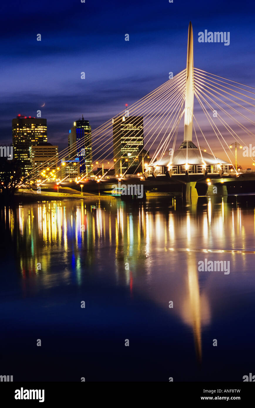 Esplanada Riel pedestrian bridge spans the Red River, Winnipeg, Manitoba, Canada. - Stock Image