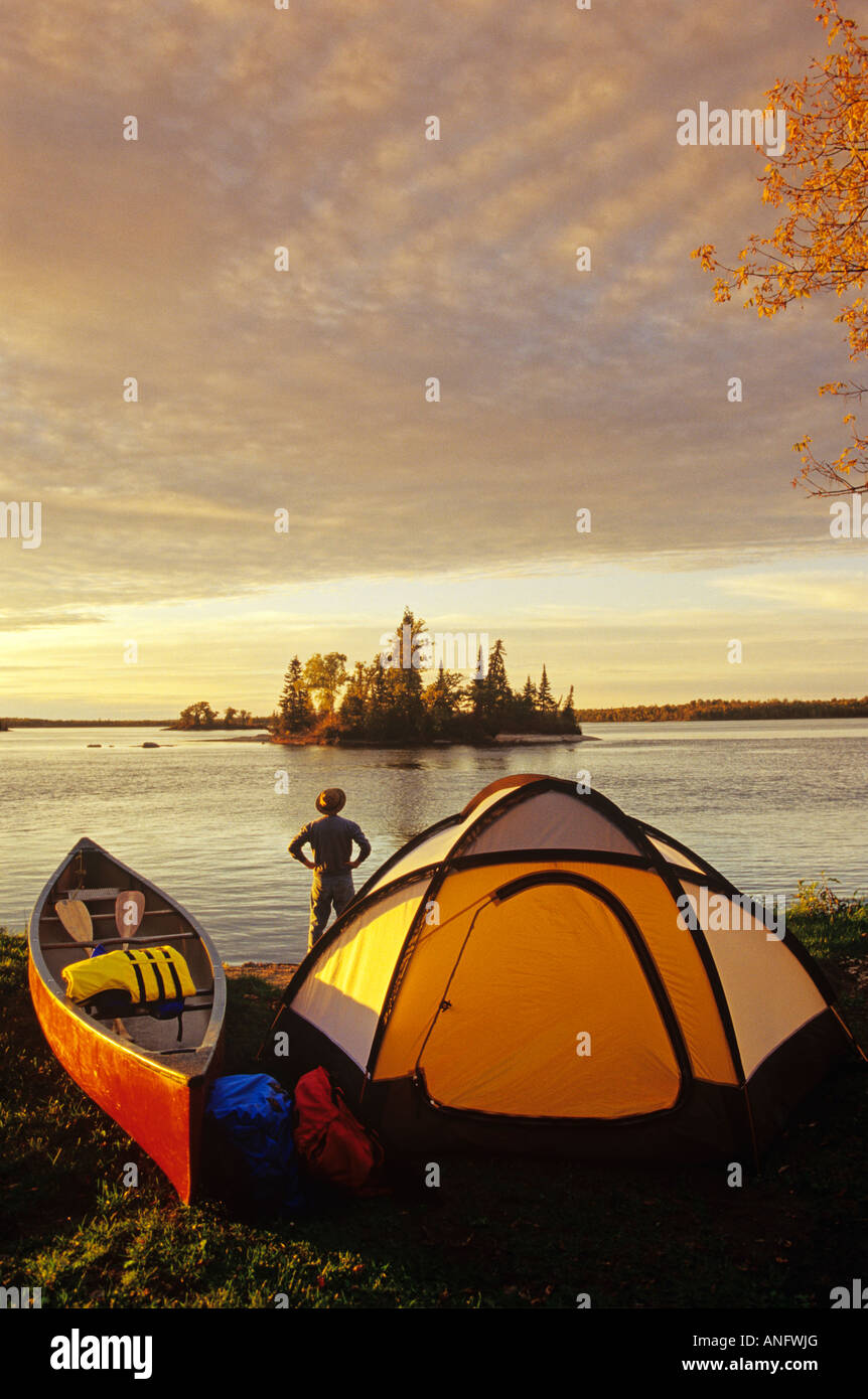 Canoeist at Otter Falls, Whiteshell Provincial Park, Winnipeg, Manitoba, Canada. - Stock Image