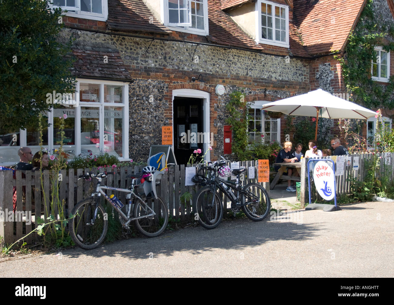 Village Shop - Hambleden - Thames Valley - Buckinghamshire - Stock Image