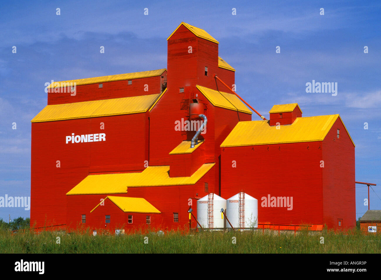 Grain elevator on the prairie, Lajord, Saskatchewan, Canada. Stock Photo