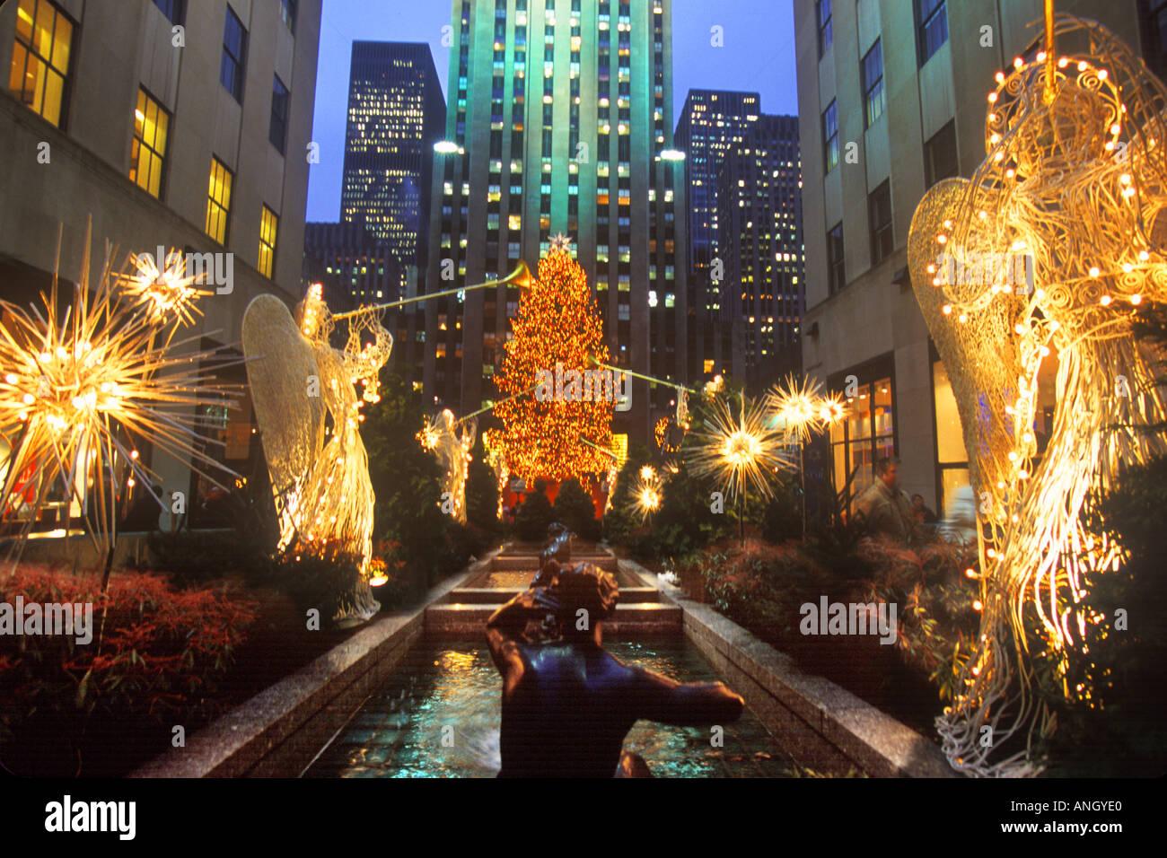 new york city christmas windows 2018 map
