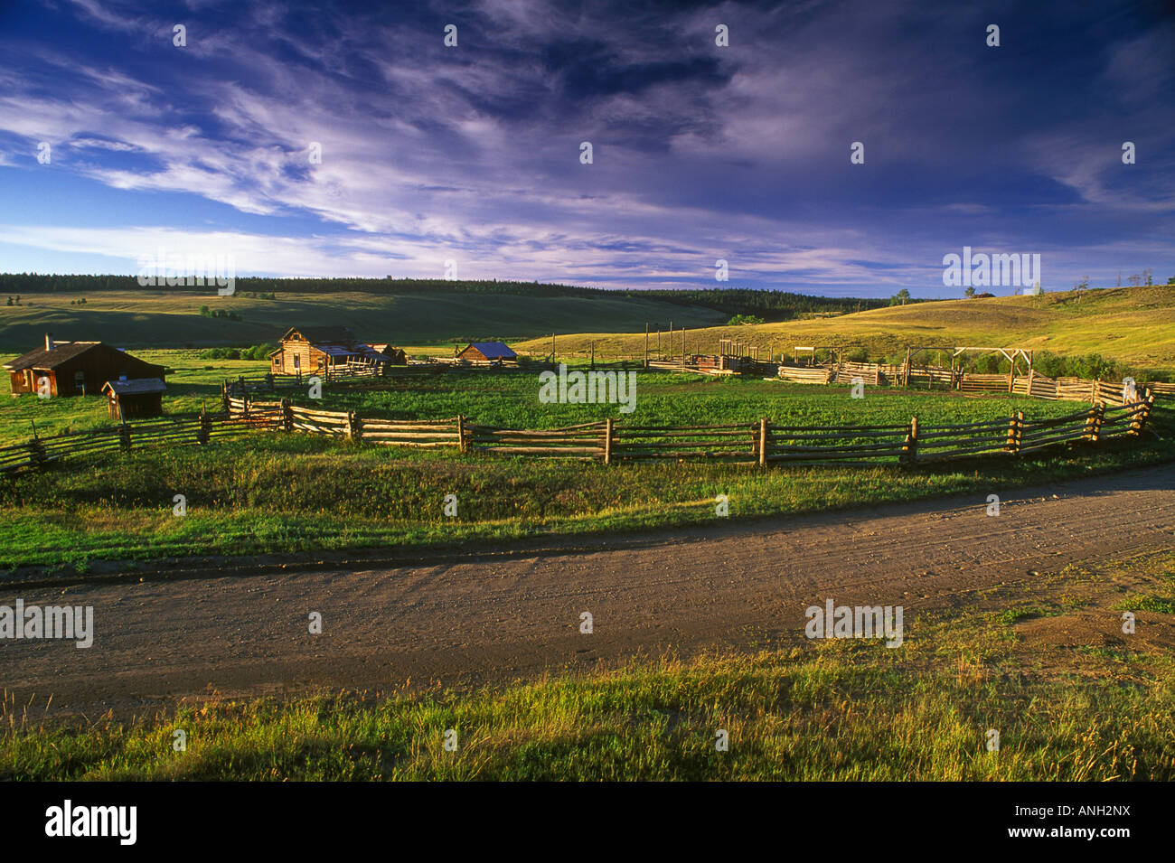 Corral and old homestead near Dog Creek, British Columbia, Canada. - Stock Image