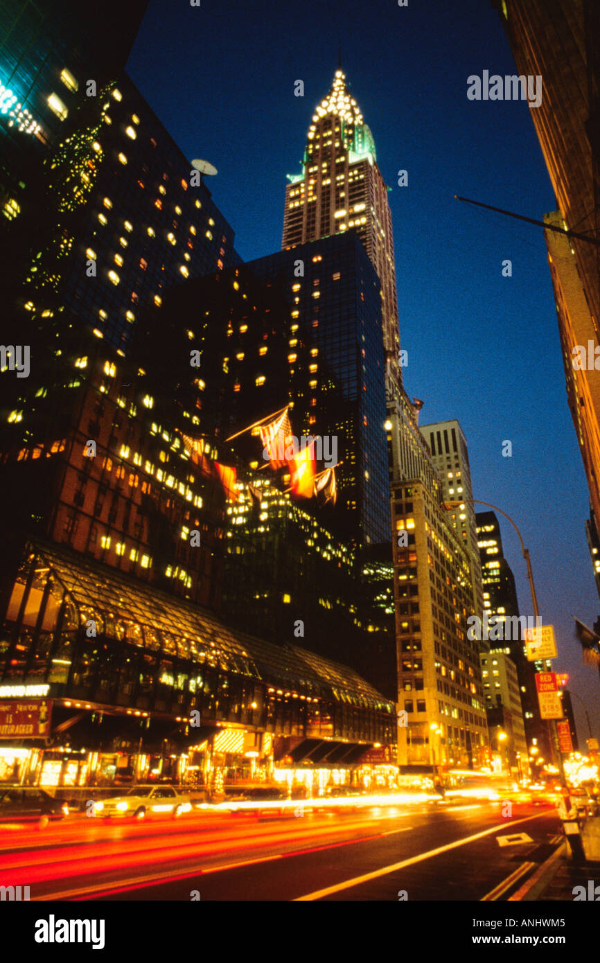 USA New York City Midtown Manhattan The Chrysler Building and 42nd Street Traffic - Stock Image