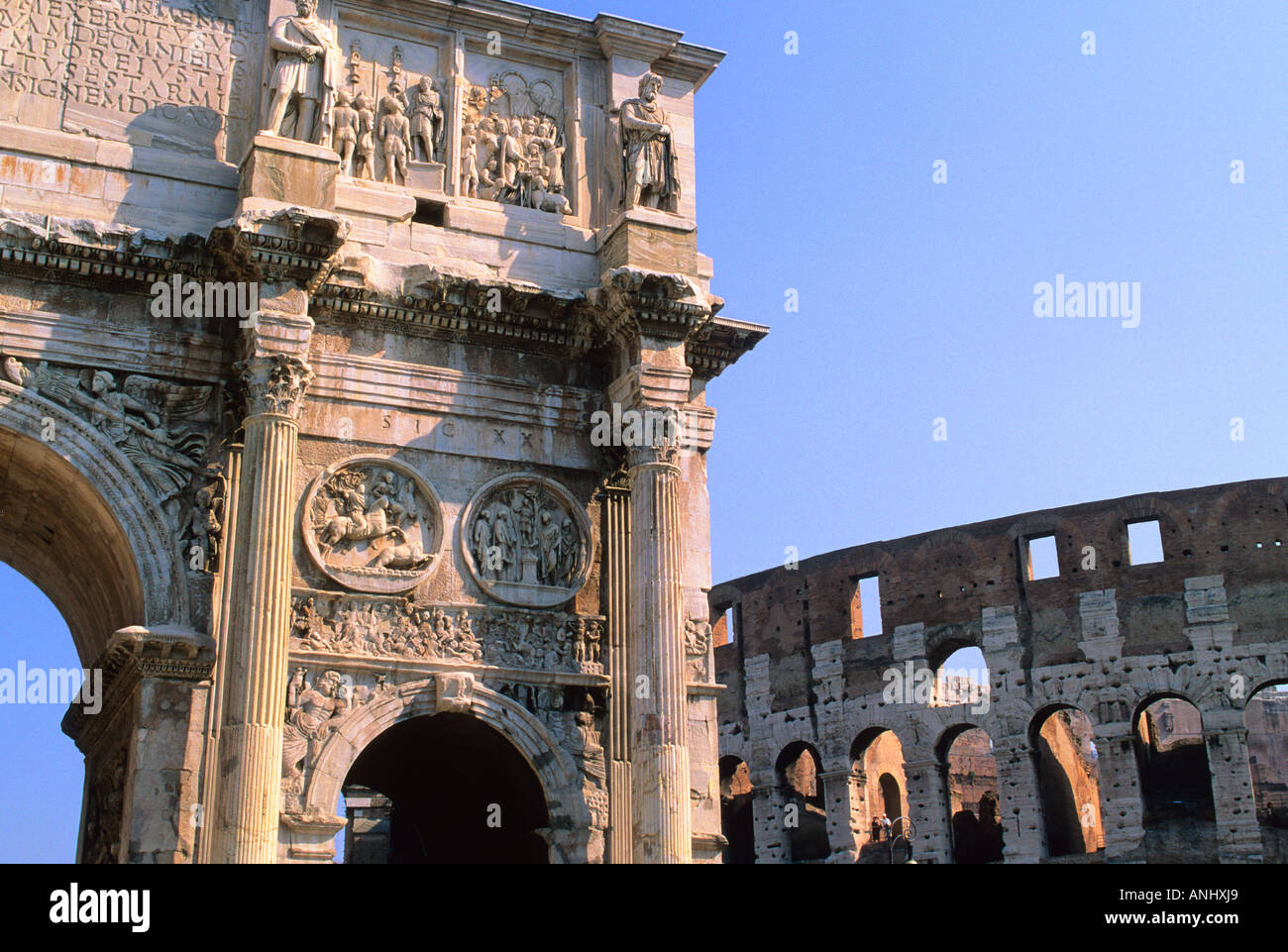 Rome Italy The Arch of Constantine and The Colosseum Europe Sandra Baker - Stock Image