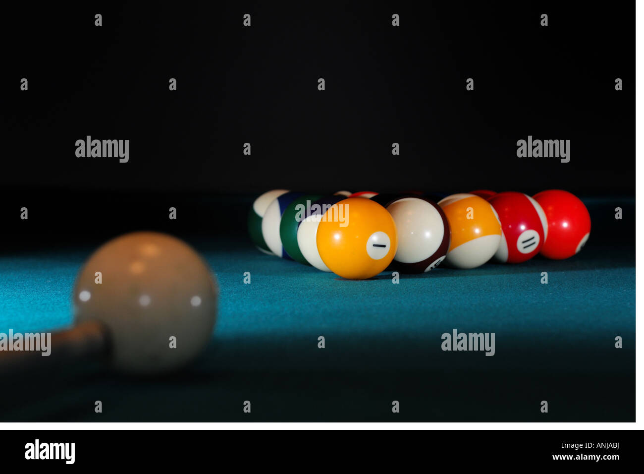 Pool Table Set Up For A Game Stock Photo Alamy - How to set up a pool table